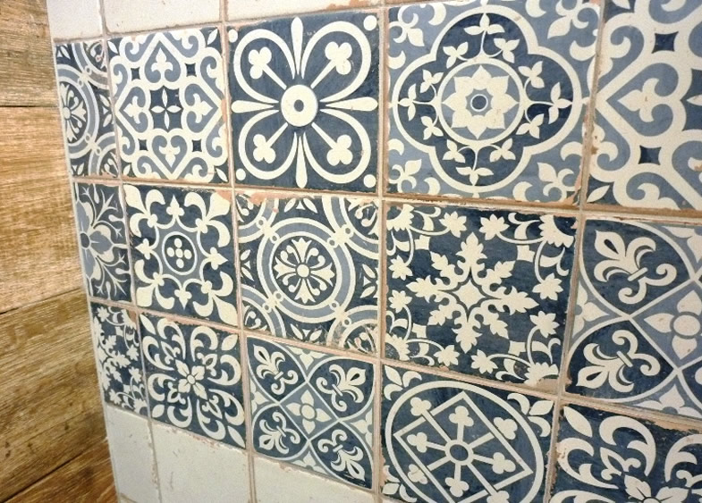 Sydney Patterned Tiles Encaustic look Artisan Floor Wall Rustic ...
